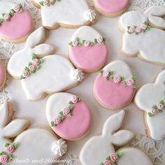 Easter Cookies are the best way to spread the festive cheer. Here are the best E… Easter Cookies are the best way to spread the festive cheer. Here are the best Easter cookies ideas & Easter cookie decorating inspiration for you to try. No Egg Cookies, Fancy Cookies, Iced Cookies, Easter Cookies, Cute Cookies, Cookies Et Biscuits, Holiday Cookies, Easter Cupcakes, Easter Cookie Cutters