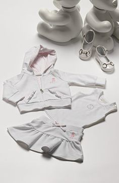 gucci baby Charlotte Baby, Gucci Baby, Baby Bling, Designer Baby, King Baby, Gucci Fashion, Baby Outfits, Baby Design, Baby Fever