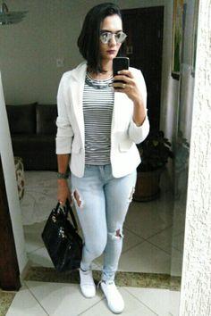 Chuva + friozinho = blazer + tênis