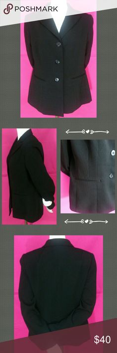 """Collections for Le Suit Black Lined Blazer Sz 10 Up for consideration is one NWOT Collections for Le Suit Solid Black Fully Lined Blazer Size 10. Fully lined, fine line pattern, dry clean only, padded shoulders, soft fabric, faux pockets, 3 button down front. All of my items will come shipped to you wrapped with care in tissue paper.  Thank you for looking!   Approximate measurements: Bust (underarm seam to underarm seam 18"""") up to 36""""  Waist: up to 34"""" Hip: up to 40"""" Length (shoulder to…"""