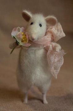 Ratón de fieltro