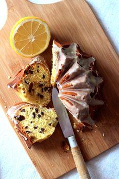 A primavera com chuva e frio faz com que a vontade de fazer bolos, tartes e de comidas mais reconfortantes se mantenham... Durante o fi...