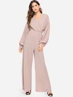 Jumpsuit Hijab, Jumpsuit Dressy, Jumpsuit With Sleeves, Wrap Jumpsuit, Chic Outfits, Dress Outfits, Fashion Outfits, Dresses, Long Jumpsuits