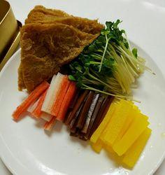 간단도시락:)맛있는 유부초밥만들기 : 네이버 블로그 Autumn Trees, Korean Food, Steak, Lorem Ipsum, Food And Drink, Beef, Dishes, Cooking, Recipes