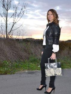 Combinación infalible. Blanco y negro.  www.yohanasant.es Personal Shopper en Asturias
