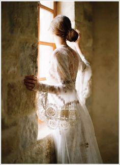 Claire Pettibone gown. Photo courtesy of Elizabeth Messina.