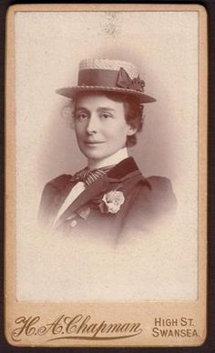 Carte de Visite Victorian Lady Wearing Boater Chapman of Swansea Swansea, Boater, Vintage Fashion, Victorian, Antiques, Lady, How To Wear, Painting, Carte De Visite