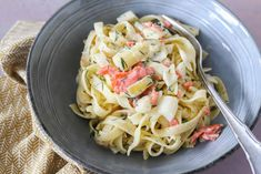 Pasta Salad, Cabbage, Buffet, Vegetables, Cooking, Ethnic Recipes, Food, Diners, Tagliatelle