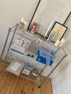 Room Ideas Bedroom, Bedroom Decor, Pastel Bedroom, College Room, Indie Room, Minimalist Room, Room Goals, Aesthetic Room Decor, Home Room Design