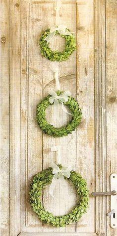 Love the 3 wreaths....