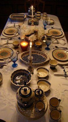 A traditional Polish table -- http://www.pinterest.com/ronleyba/filipino-recipes-philippine-foods-filipino-dish/