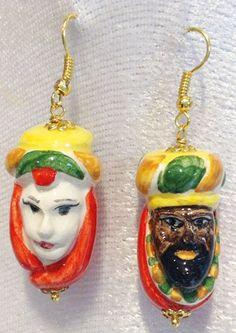 Orecchini Teste di Moro in oro e ceramica GrigioPallina. Artigianato tipico siciliano