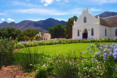 NG-Kerk, Franschhoek, South Africa Mosques, Cathedrals, Place Of Worship, All Over The World, South Africa, Cape, Buildings, Beautiful Places, Spaces