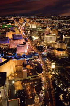 Las Vegas, Nevada - Get Away with Travelocity Sweepstakes Las Vegas Love, Las Vegas Trip, Vacation Trips, Vacation Spots, Vacations, Travel Deals, Travel Destinations, Travel Tips, Places Around The World