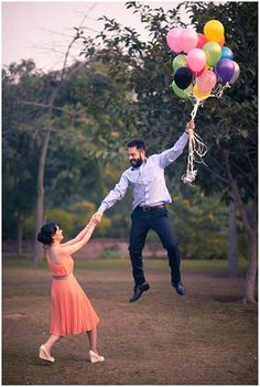15 Pre-Wedding Shoot Themes You'll Absolutely Love! 15 Pre-Wedding Shoot Themes You'll Absolutely Love! Indian Wedding Couple Photography, Wedding Couple Photos, Indian Wedding Photographer, Creative Wedding Photography, Wedding Couples, Couple Shoot, Wedding Outfits, Outdoor Photography, Wedding Shoes