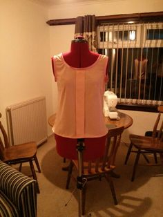 Colette Patterns Sorbetto top. Peach butter crepe with pink satin bias binding.