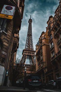 "If the Trip Eiffel is the symbol of Paris, the Cathédrale de Notre-Dame de Paris is its heart. Sitting on the banks of the Seine, this magnificent architectural work of art is a definite ""must-see"". Tour Eiffel, Paris Torre Eiffel, Paris Eiffel Tower, Paris Photography, Travel Photography, Paris Wallpaper, Hd Wallpaper, Grand Paris, Paris Pictures"
