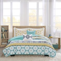 Intelligent Design Celeste Yellow/ Teal 5-piece Coverlet Set   Overstock.com Shopping - The Best Deals on Quilts