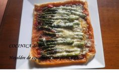 COCINICA de Benas: Hojaldre de espárragos con pisto y queso
