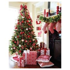 Christmas ❤ liked on Polyvore featuring home, home decor, holiday decorations, christmas holiday decorations, christmas holiday decor, white home decor and christmas home decor