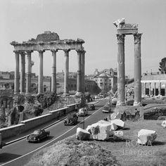 Old Photos, Vintage Photos, Roman Forum, Roman History, Architecture Photo, Old City, Roman Empire, Seattle Skyline, The Past