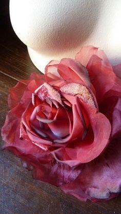 Modisteria Grand Rose in velluto di seta rosso di MaryNotMartha    34.17€