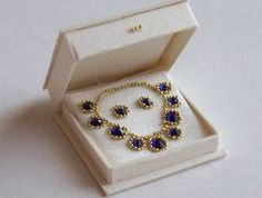 Handmade miniature dollhouse 1/12scale necklace and earrings in open box