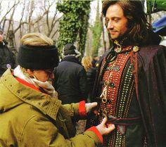 Dressing HRH-Van Helsing aka Hugh Jackman I want this job! Hugh Michael Jackman, Hugh Jackman, Dresses With Vans, Broadway Stage, 3 I, Wolverine, Film, Behind The Scenes, Hot Guys