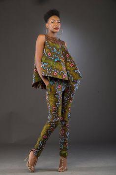 La marque K-Yélé de la créatrice Patricia Waota a le vent en poupe à Abidjan, la capitale économique ivoirienne ! Avec sa toute dernière collection capsule «Oups la marinière qui se lâche» lancée en Juillet dernier, elle a dévoilé des pièces originales où l'excentricité s'invite parfois ! Pour mettre en scène cette belle collection, la ...