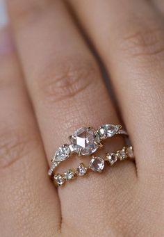 Snow queen diamond ring