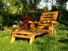 Chaise longue de jardin   Woods, Pallets and Wood projects