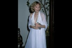 The 25 Best and Worst Oscar Gowns of All-TIME   TIME.com