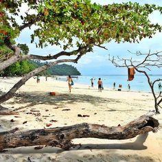 Must to find the time to go #krabi #kohlanta #klondaobeach #tour #trip #thailand #travel #relaxing #souththailandtour #fujifilm #instagram #instarepost #instadaily #island #sand by souththailandtour