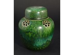A Ruskin Pottery Pot Pourri and cover - Lot 877 - Glass, European Ceramics, British Art Pottery and 20th century design