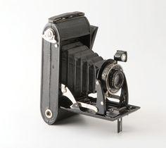 Voigtlander Bessa Folding 120 Roll Film Camera with Case | eBay