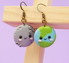 Kawaii moon earrings Funny best friend gift Mismatched earrings Kawaii earth earrings Friendship gift Universe earrings Stocking stuffer - Hobbies paining body for kids and adult Fimo Kawaii, Polymer Clay Kawaii, Polymer Clay Charms, Polymer Clay Creations, Polymer Clay Art, Polymer Clay Jewelry, Clay Beads, Clay Projects, Clay Crafts