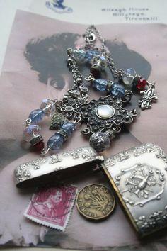 Silver Assemblage necklace Match vesta necklace Antique Antique Locket, Antique Jewelry, Vintage Jewelry, Handmade Jewelry, Penny Necklace, Necklace Box, Jewelry Crafts, Jewelry Art, Royal Jewelry