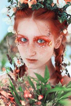 The Huntress Fairy Tale - Halloween - Makeup Inspo, Makeup Art, Makeup Inspiration, Cute Makeup, Pretty Makeup, Crazy Makeup, Fotografie Portraits, Fantasy Make Up, Fairy Fantasy Makeup