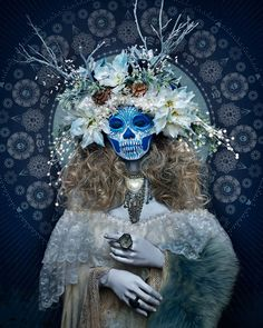 Las Muertas // Santa muerte // Skull // Day of the dead // Flower Looks Halloween, Fete Halloween, Halloween Makeup, Halloween Stuff, Vintage Halloween, Halloween Costumes, Sugar Skull Makeup, Sugar Skull Art, Sugar Skulls