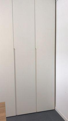 Wardrobe Hinges, Wardrobe Door Designs, Wardrobe Design Bedroom, Bedroom Furniture Design, Bathroom Interior Design, Home Decor Furniture, Wardrobe Wall, Interior Decorating, Wardrobe Cabinets