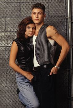 daydreaming: Click image to close this window Brian Austin Green, Beverly Hills 90210, Clueless Outfits, Tiffani Thiessen, Jennie Garth, The Originals Tv, Shannen Doherty, Luke Perry, Actresses