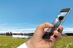 Apps fürs Smartphone oder Tablet können nützliche kleine Helfer sein – wir haben uns durch die App-Stores gewühlt und zeigen Ihnen die besten rund ums Thema Wohnmobil, Camping und Reisen.