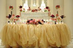 梨花の結婚式に憧れてメインテーブルにはチュール、思いっきりアンティークに!