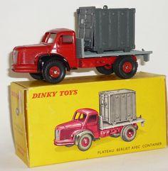 #34B Berliet plateau Metal Toys, Tin Toys, Nostalgic Candy, Corgi Toys, Remote Control Cars, Ford Explorer, Diecast Models, Cool Trucks, Box Art