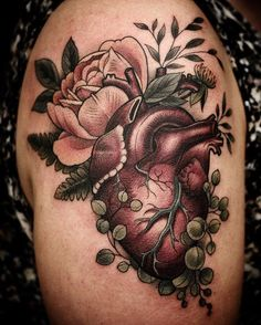 #botanical #anatomicalheart by Alice Kendall @alicestattoos #rose and string of pearls #succulant #wildatheart #wonderlandpdx