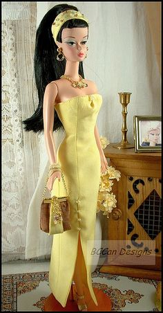 Pretty in yellow Vintage Barbie Clothes, Vintage Dolls, Doll Clothes, Barbie Gowns, Barbie Dress, Barbie Outfits, Barbie Life, Barbie World, Fashion Royalty Dolls