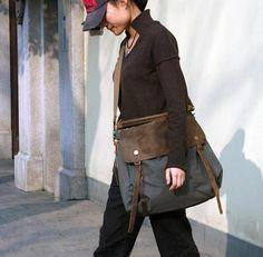 Gray/Coffee/Green Leisure men's and women's single shoulder bag LeatherWashed Canvas Bag Messenger Big Leather Bag Laptop Bag 33683 sur Etsy, $55.88 CAD