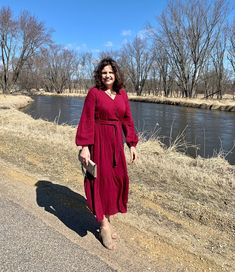 Fashion Over Fifty, Fifties Fashion, Photos Of Women, Mom Blogs, Earth Tones, Have A Great Day, Travel Style, Fashion Photo, Lifestyle Blog