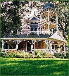 Victorian houses, beautiful wrap around porches, gorgeous landscaping.wow what a house! Victorian Architecture, Beautiful Architecture, Beautiful Buildings, Beautiful Homes, Architecture Design, House Beautiful, Classical Architecture, Simply Beautiful, Victorian Style Homes