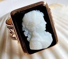 Antique Victorian rose gold carved onyx cameo ring